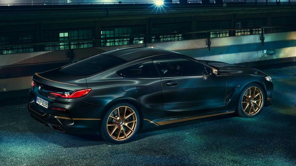 BMW 8-Series ra phien ban dac biet mau Gold anh 2