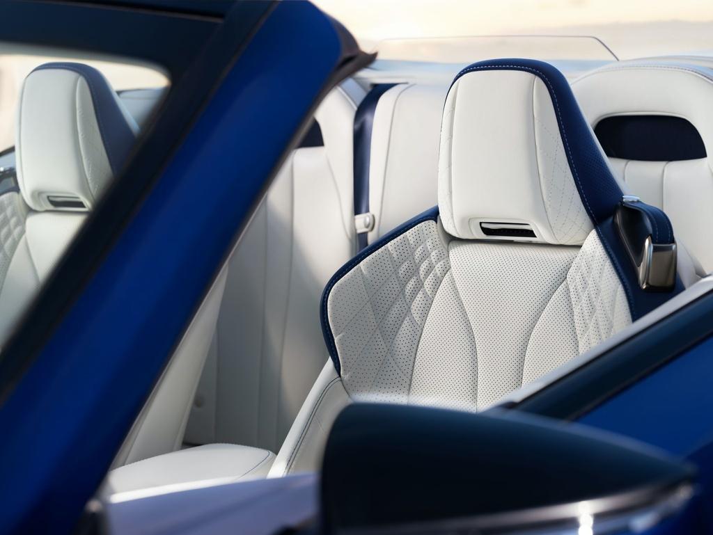 Lexus LC 500 Convertible 2021 sap ban ra thi truong anh 14