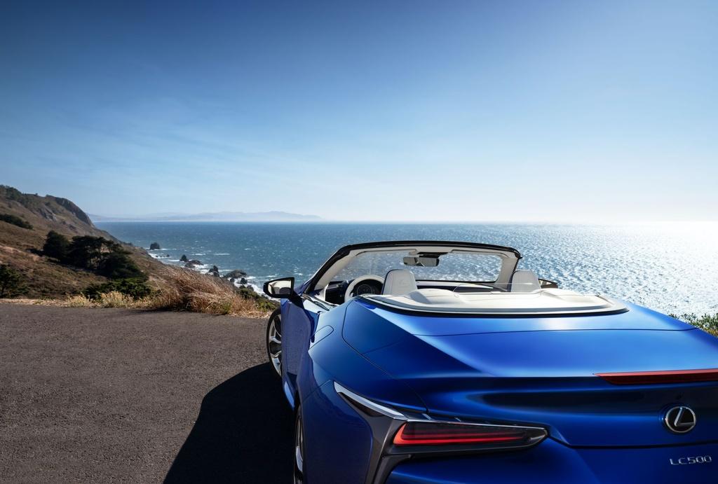 Lexus LC 500 Convertible 2021 sap ban ra thi truong anh 7