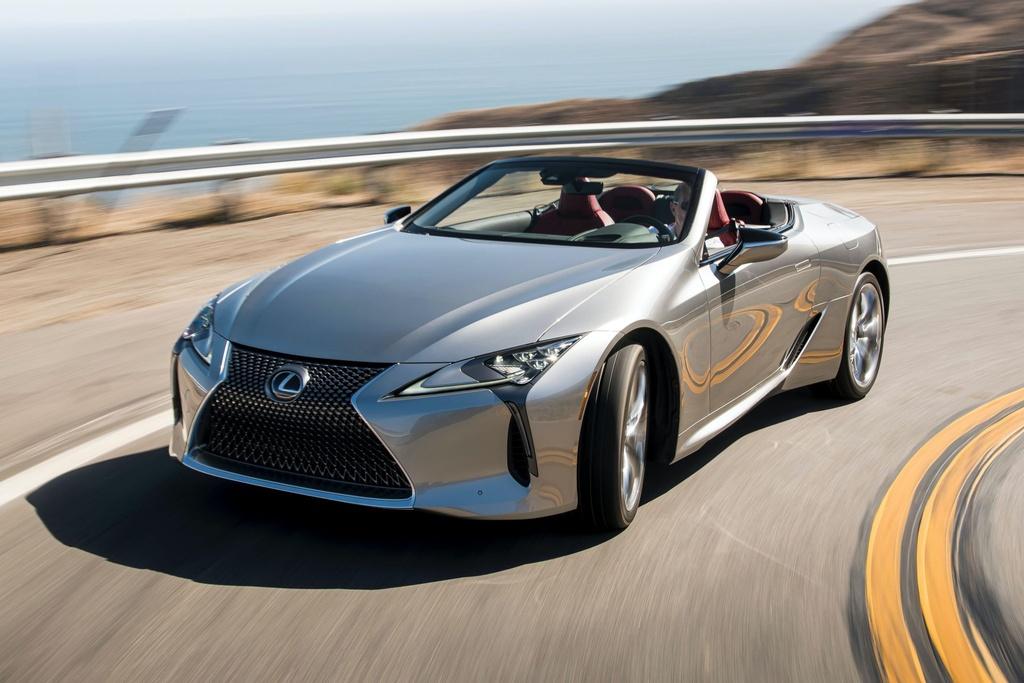 Lexus LC 500 Convertible 2021 sap ban ra thi truong anh 2