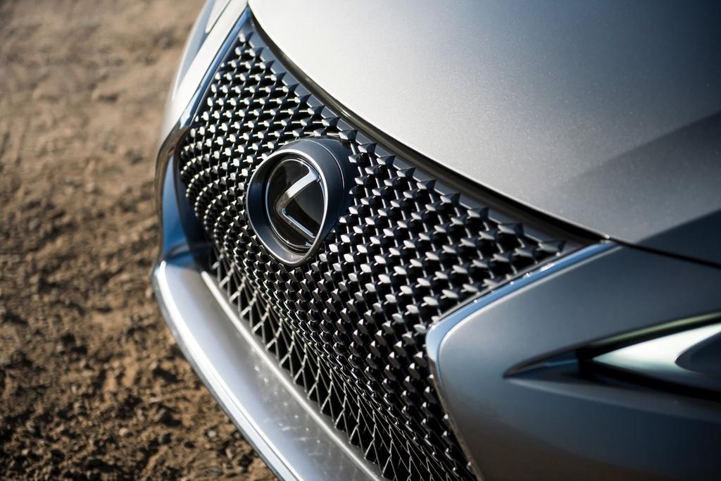 Lexus LC 500 Convertible 2021 sap ban ra thi truong anh 9