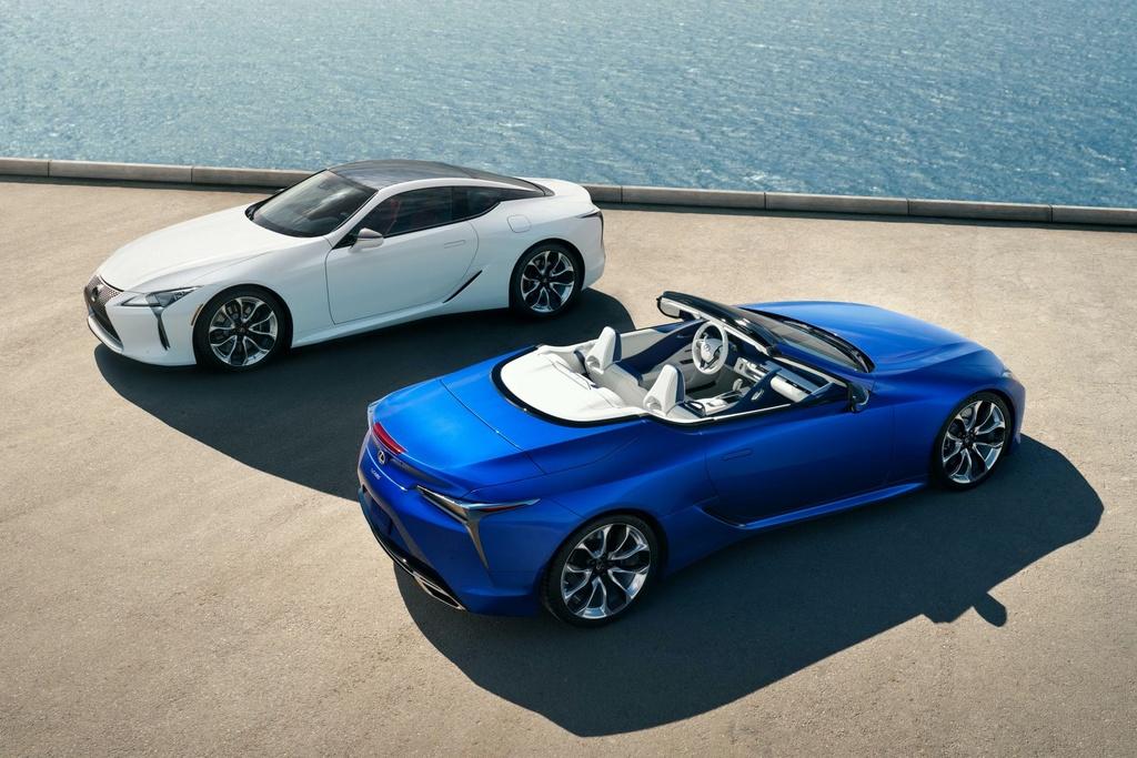 Lexus LC 500 Convertible 2021 sap ban ra thi truong anh 1