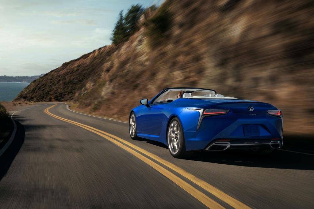 Lexus LC 500 Convertible 2021 sap ban ra thi truong anh 5