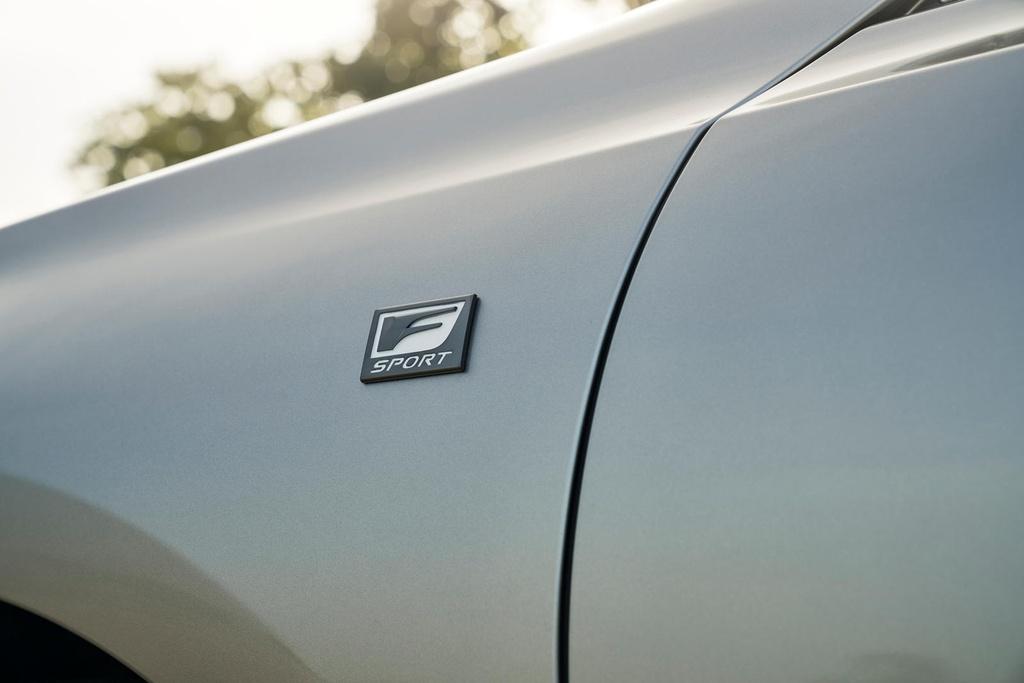 Lexus ES 2021 ra mat anh 4