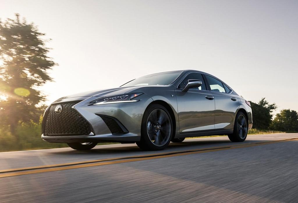 Lexus ES 2021 ra mat anh 2