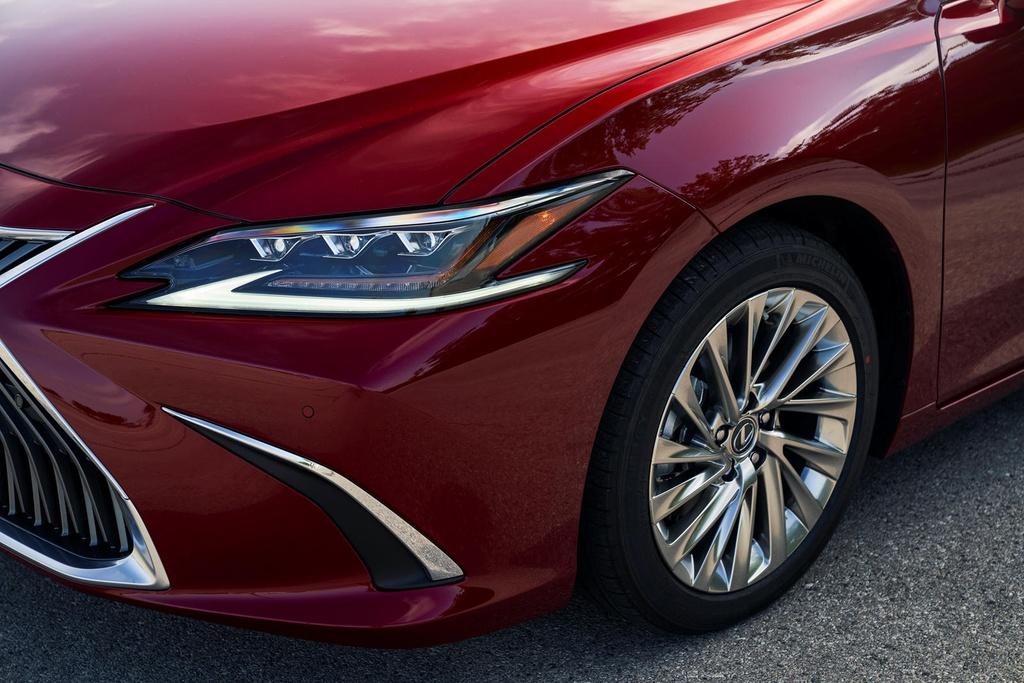 Lexus ES 2021 ra mat anh 18