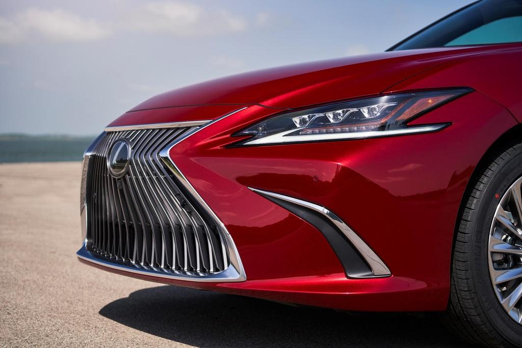 Lexus ES 2021 ra mat anh 19