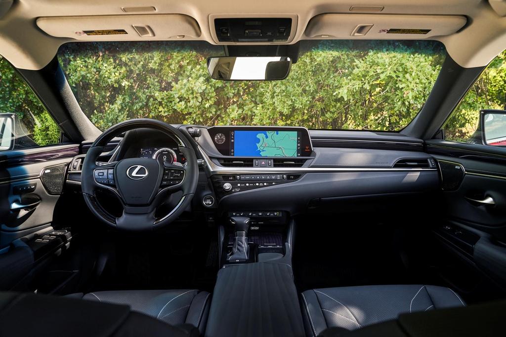 Lexus ES 2021 ra mat anh 10