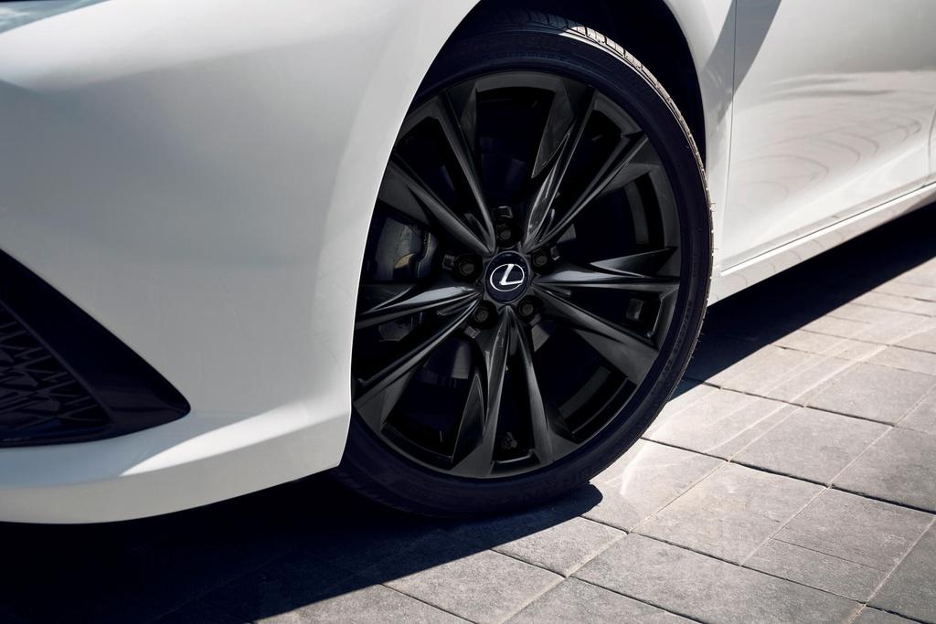 Lexus ES 2021 ra mat anh 8