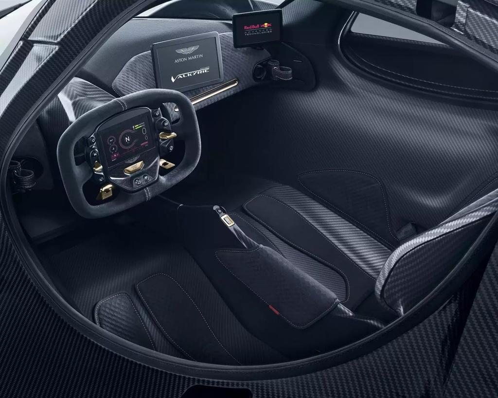 sieu xe Aston Martin Valkyrie gap kho anh 12