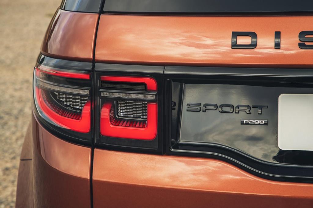 Land Rover Discovery Sport 2021 nang cap dong co va cong nghe anh 5