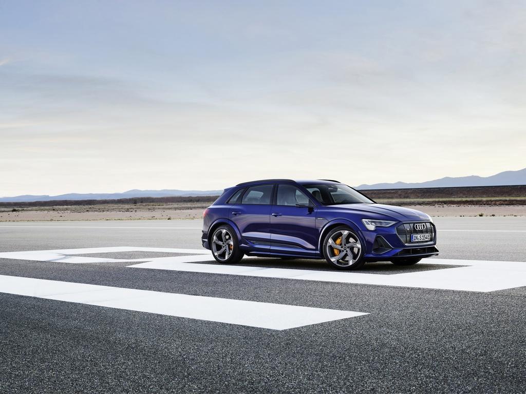 Audi E-Tron S 2021 ban ra thi truong anh 11