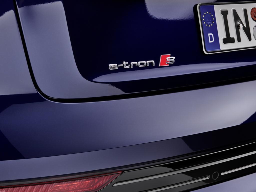Audi E-Tron S 2021 ban ra thi truong anh 17