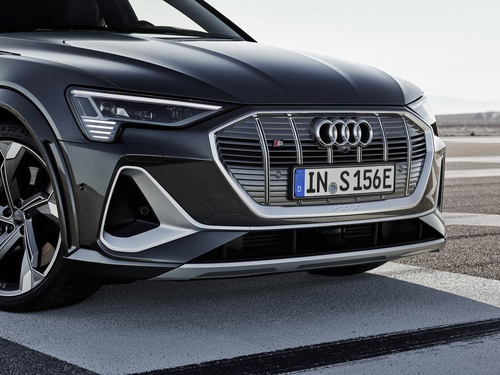 Audi E-Tron S 2021 ban ra thi truong anh 16