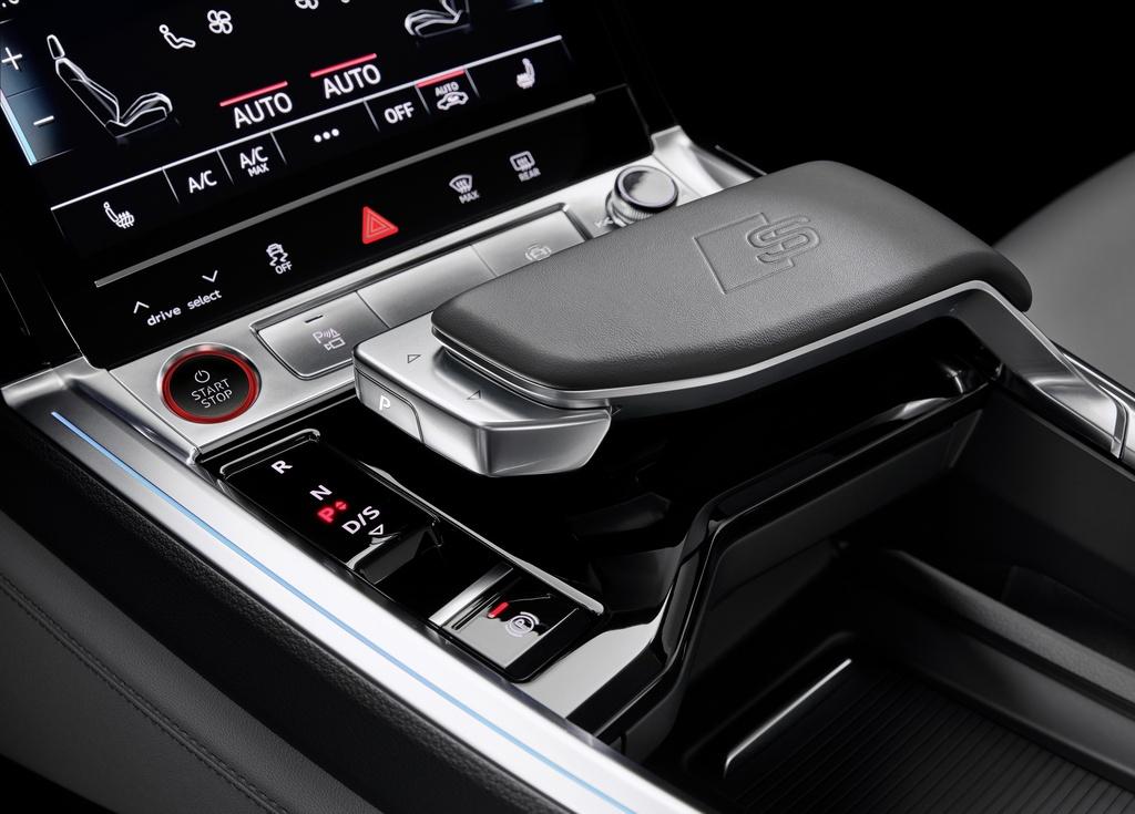 Audi E-Tron S 2021 ban ra thi truong anh 20