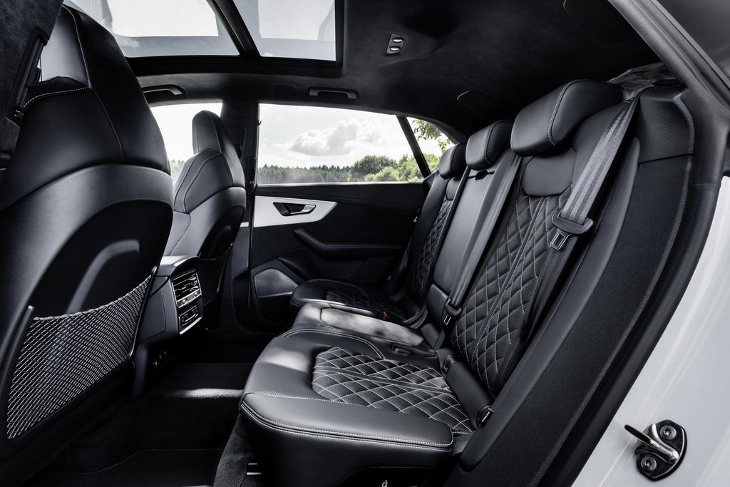 Audi ra mat 2 phien ban Q8 plug-in hybrid moi nhat anh 14
