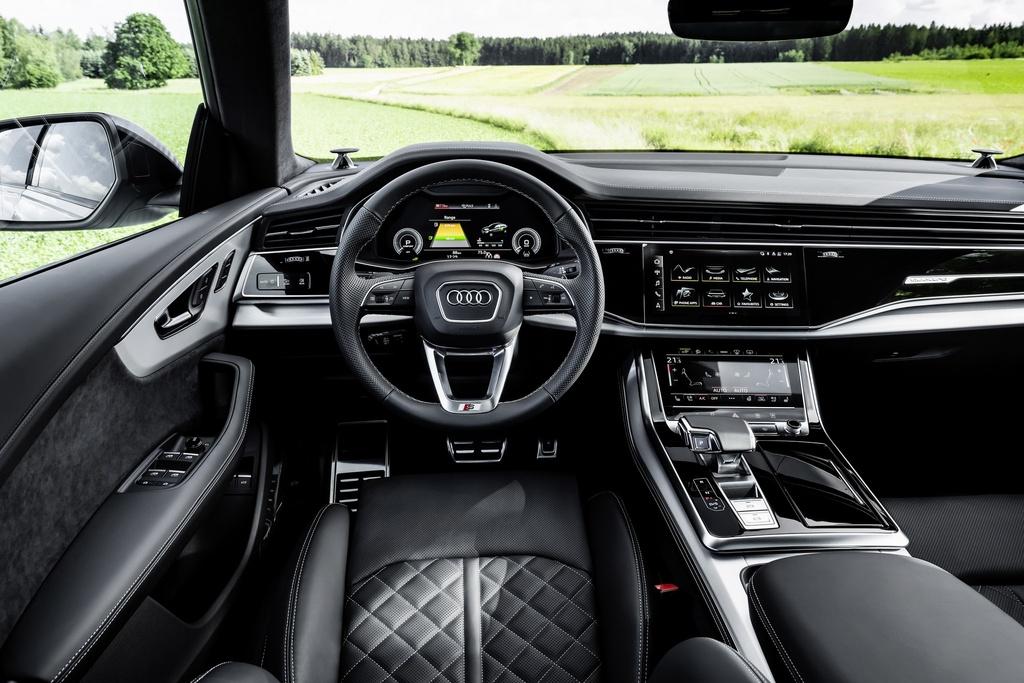 Audi ra mat 2 phien ban Q8 plug-in hybrid moi nhat anh 8