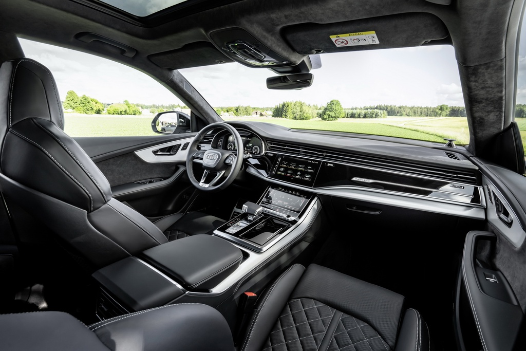 Audi ra mat 2 phien ban Q8 plug-in hybrid moi nhat anh 6