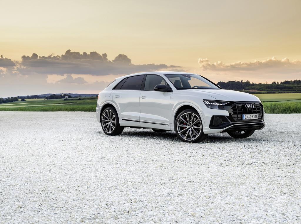 Audi ra mat 2 phien ban Q8 plug-in hybrid moi nhat anh 3