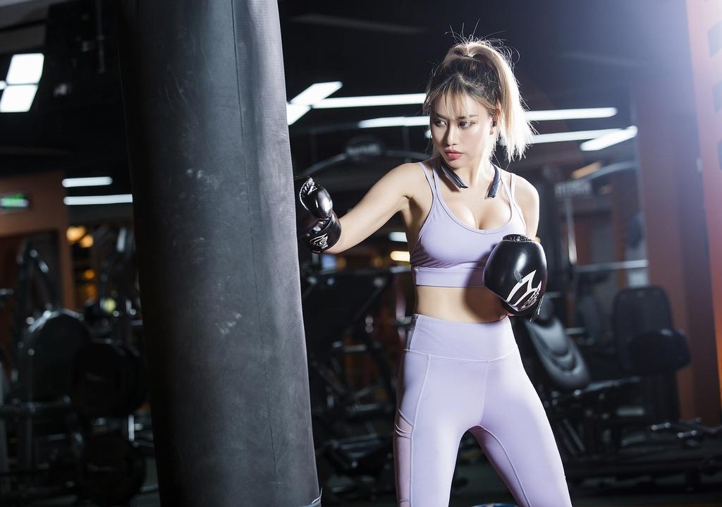 Hanoi X-Girls va Tracy Le chuong phu kien thoi trang nao? hinh anh 2 image003_2.jpg