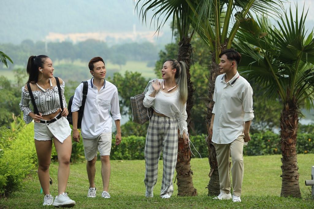 Hanoi X-Girls va Tracy Le chuong phu kien thoi trang nao? hinh anh 3 image009.jpg