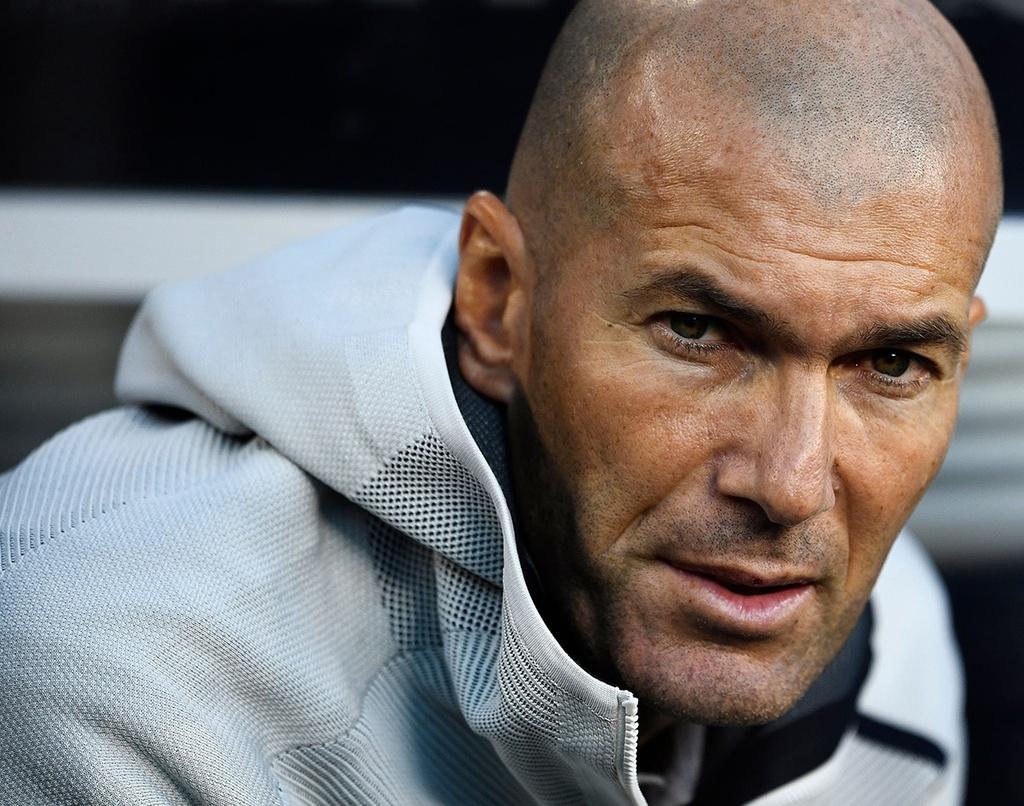 Zidane chinh la van de cua Real Madrid? hinh anh 1 zinedine_zidane_real_madrid.jpg