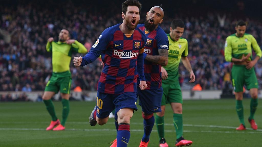 Messi la lieu thuoc giam dau cua Barca hinh anh 1 messi_arturo_vidal_barcelona.jpg