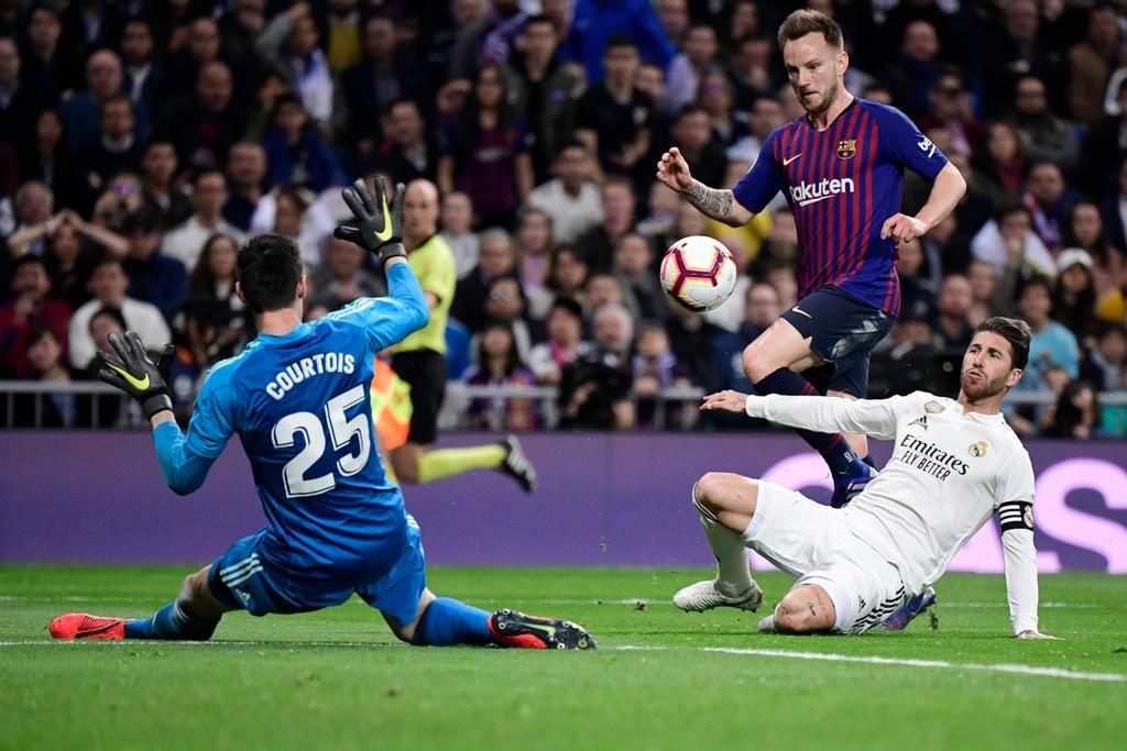 El Clasico se dinh doat so phan Zidane? hinh anh 2 real_madrid_barcelona.jpg