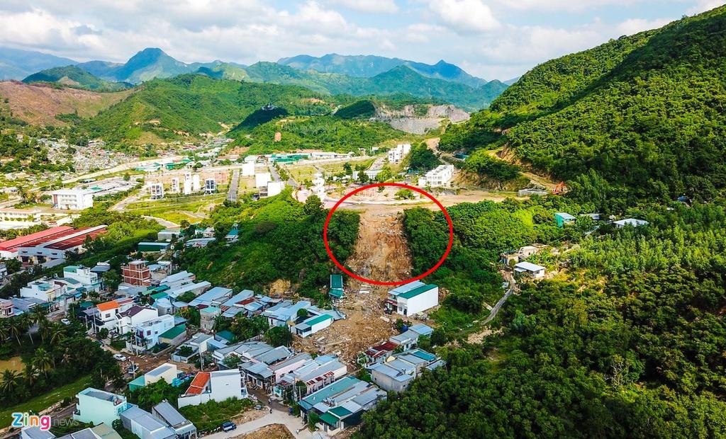 Cần khởi tố vụ án vỡ hồ làm 4 người chết ở Nha Trang