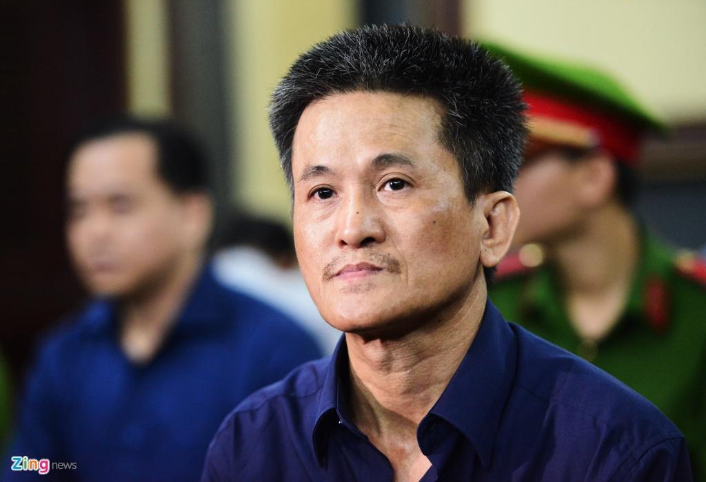 Tran Phuong Binh an han, nghen ngao xin loi cuu nhan vien DAB hinh anh 1