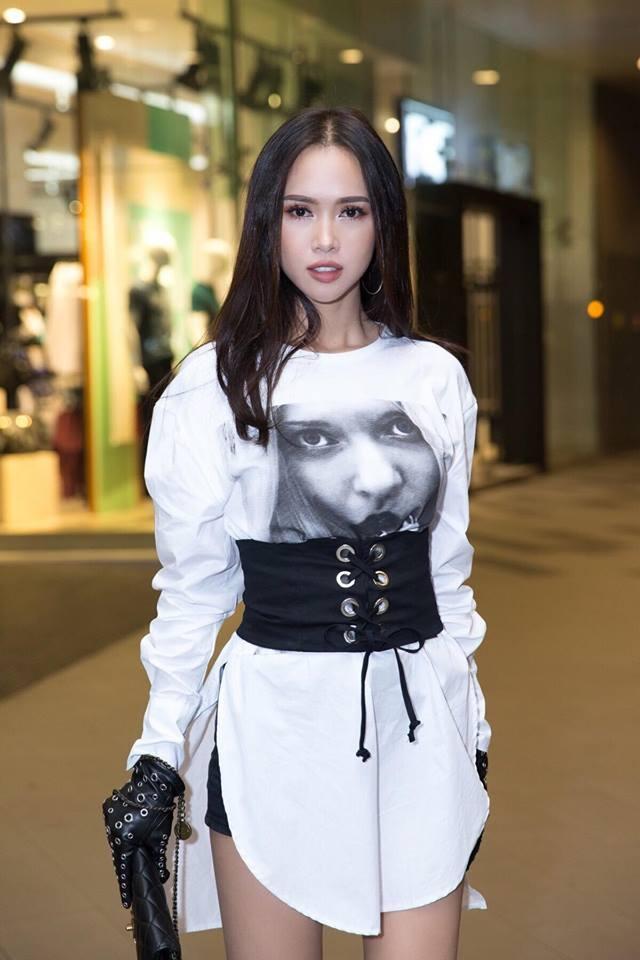 Ho Ngoc Ha va dan sao Viet chay tan loan sau su co chay san khau hinh anh 7