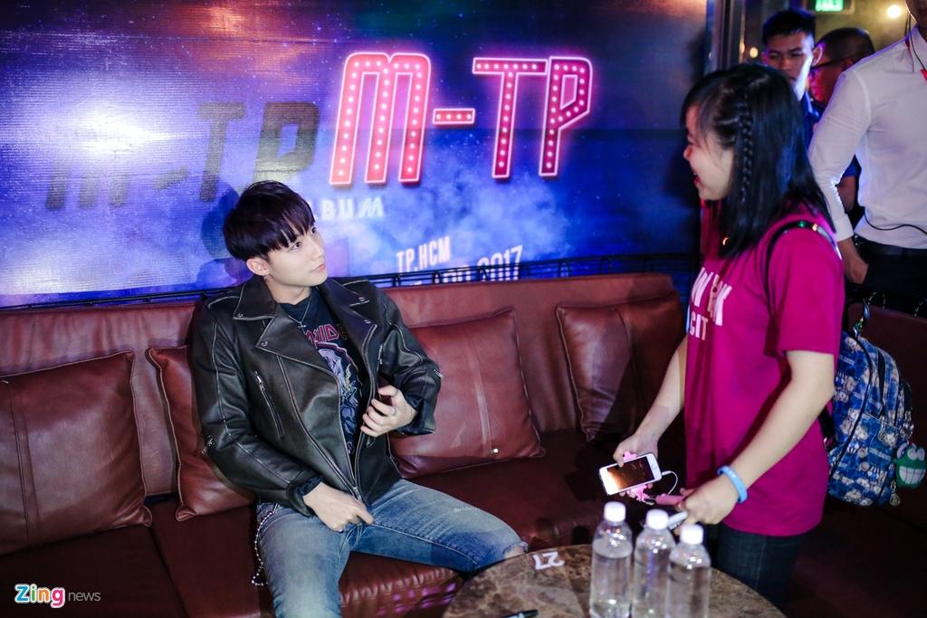 Su kien cua Son Tung M-TP gap su co anh 7