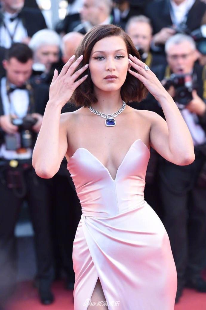 Tham do khai mac Cannes anh 1