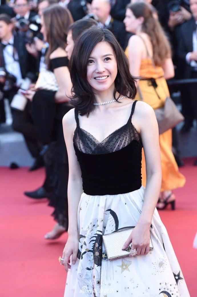 Pham Bang Bang mo nhat giua dan sao lon tren tham do Cannes hinh anh 11