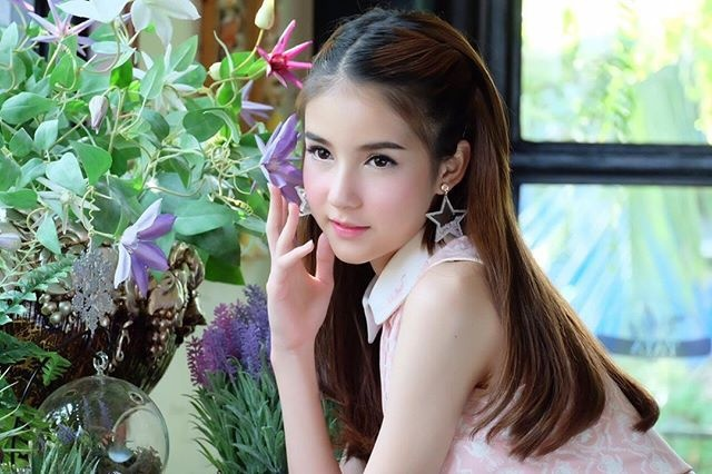 Nhan sac 'than tien ty ty' cua Hoa hau chuyen gioi Thai Lan 2017 hinh anh 8