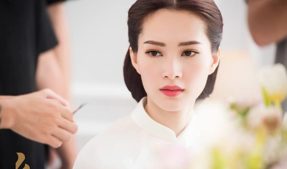 Anh hau truong dam hoi Hoa hau Thu Thao va ban trai dai gia hinh anh 6