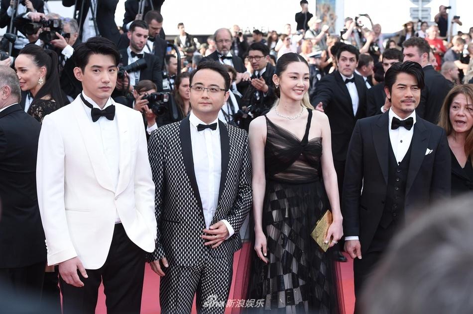 Dan sao Hoa ngu tai Cannes mo nhat anh 4