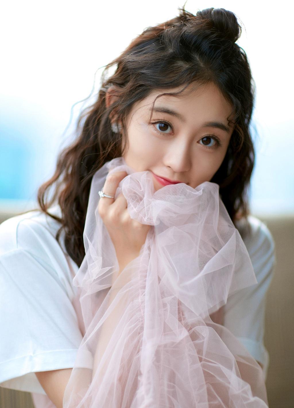 My nhan 9X dong vai nhan vat nu dang so nhat truyen Kim Dung la ai? hinh anh 3