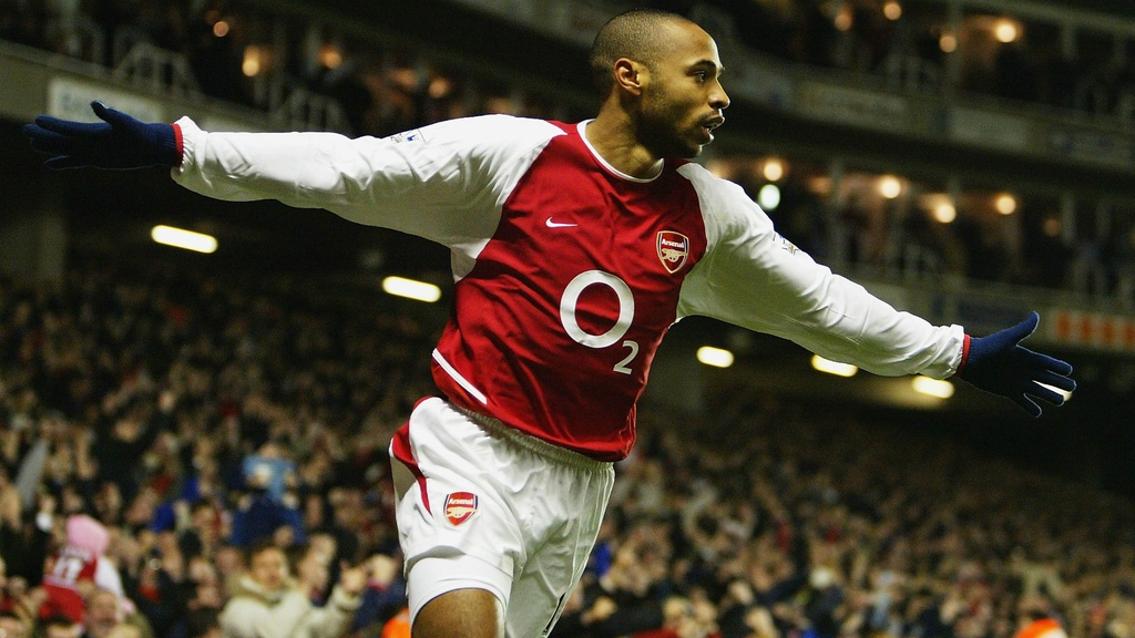 Henry,  Thierry Henry,  Arsenal,  Ngoai hang Anh,  Premier League anh 3
