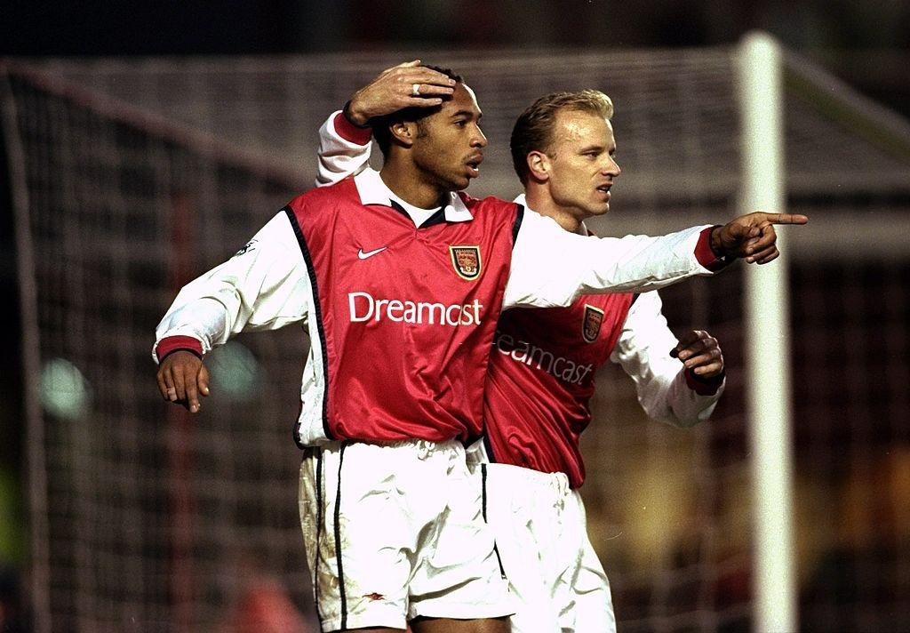 Man United,  Dennis Bergkamp,  Arsenal,  Premier League,  Champions League,  David Beckham,  MU anh 4
