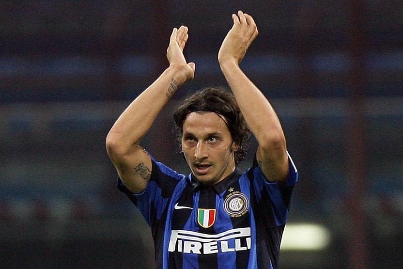 Zlatan Ibrahimovic,  Barcelona,  Inter,  Jose Mourinho,  Cristiano Ronaldo,  MU,  Man United anh 1
