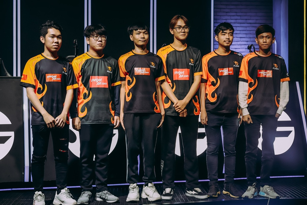 VCS mua he 2020,  Lien Minh Huyen Thoai,  Team Flash,  GAM,  EVOS anh 1