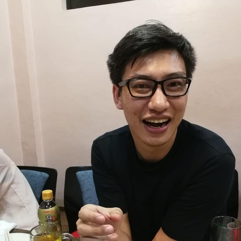 CEO Nhat sai khi che shipper, nhung dan mang lao vao 'nem da' co dung? hinh anh 2