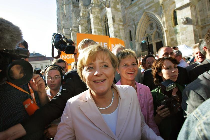 Cuoc doi cua nguoi dan ba thep Angela Merkel hinh anh 7