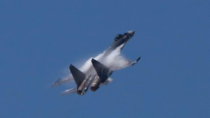 Su-35 doi dau F-22, chien dau co nao uu the hon? hinh anh 11