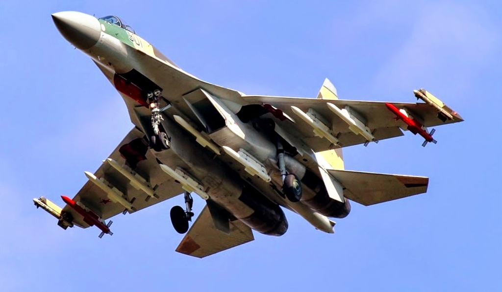 Su-35 doi dau F-22, chien dau co nao uu the hon? hinh anh 12