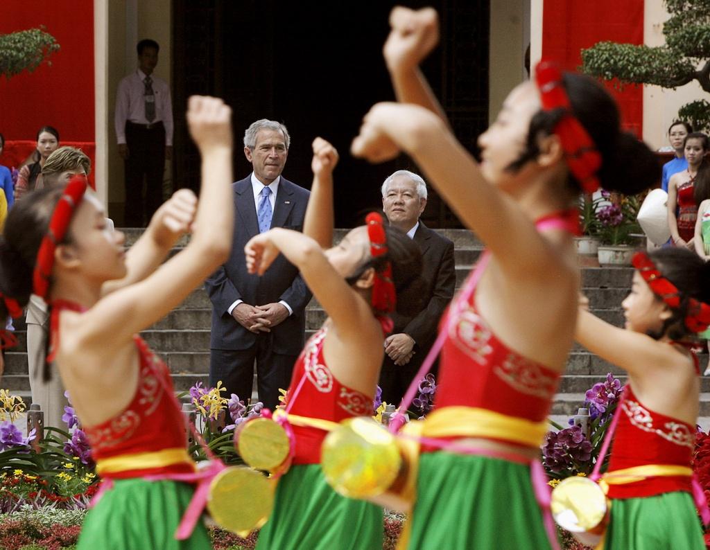 APEC 2006 va chuyen tham nang tam cua Tong thong Bush hinh anh 9