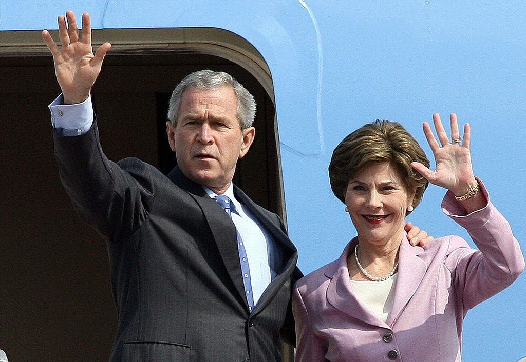 APEC 2006 va chuyen tham nang tam cua Tong thong Bush hinh anh 1