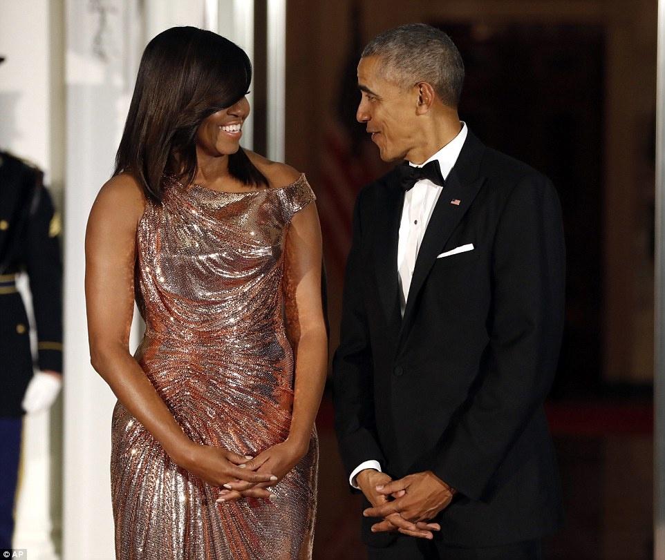 Tong thong Obama ngam ngui trong quoc yen cuoi cung hinh anh 3