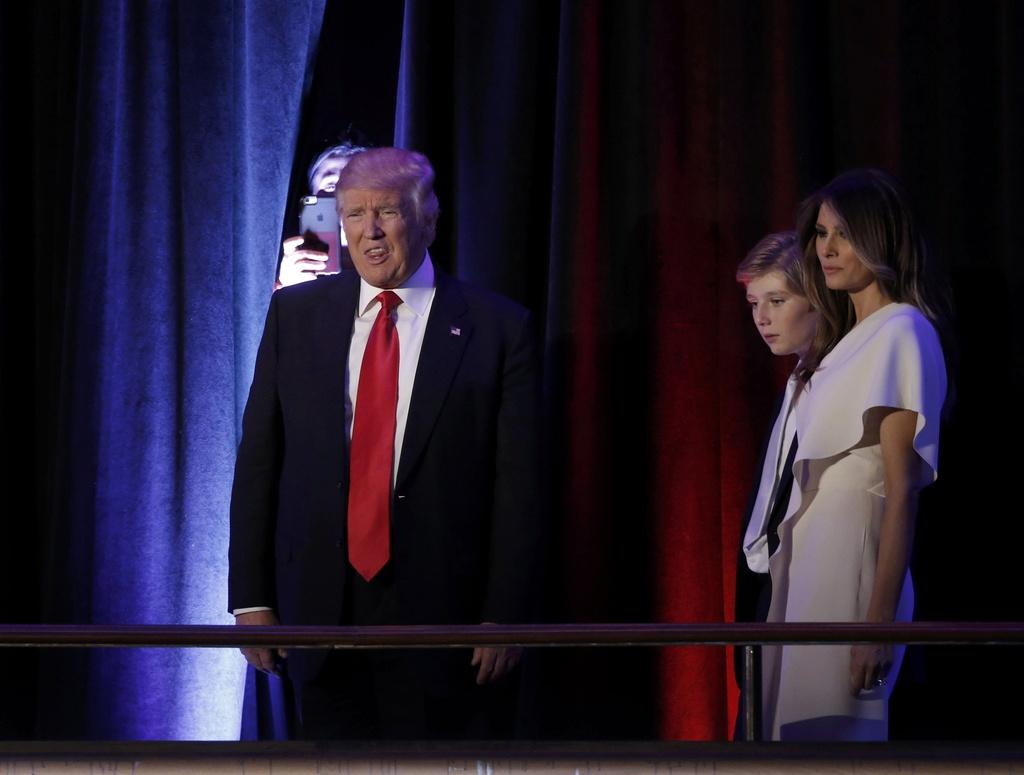 Trump xuat hien lan dau tien sau chien thang hinh anh 1